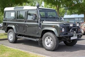 Land Rover Defender II - Autos Mythiques 57, Thionville, 2019
