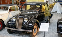 Renault Juvaquattre BFK4 1946 - Cité de l'automobile, Collection Schlumpf