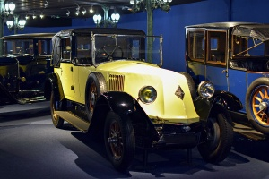 Renault type NM Landaulet 1924 - Cité de l'automobile, Collection Schlumpf