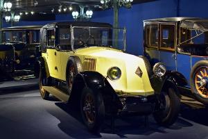 Renault type NM Landaulet 1924 - Cité de l'automobile, Collection Schlumpf