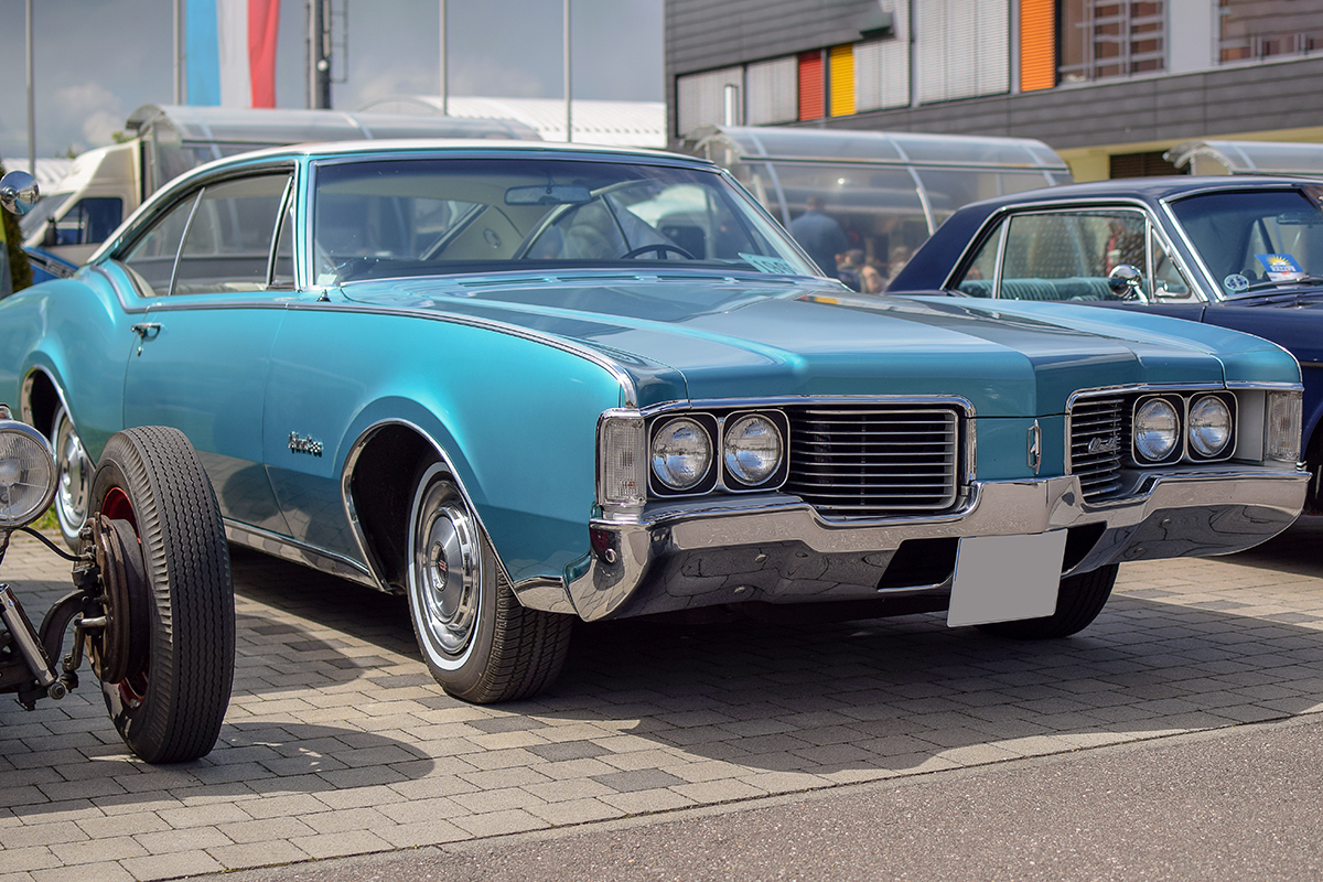 Oldsmobile Cutlass III