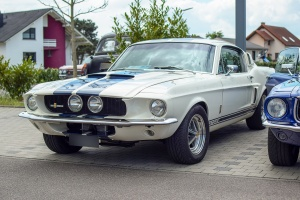 Ford Mustang I GT-500 - Perl rassemblement