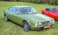 Jaguar XJ série 2 1978 - Automania 2017, Manderen, Château de Malbrouck