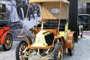 Renault type T Phaeton 1904 - Cité de l'automobile, Collection Schlumpf